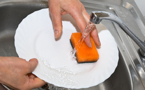 Tips Membeli Sabun Cuci Piring Dengan Harga Miring