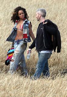 Rihanna_2 La petite Rihanna dans la prairie