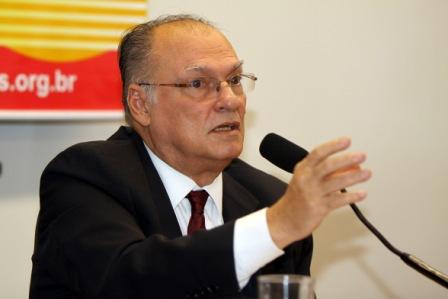 Roberto Freire deputado federal por São Paulo, presidente nacional do PPS