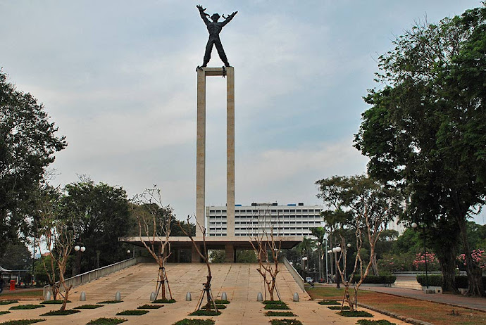 Monumento en Yakarta