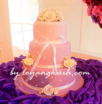 3tiers Fondant Wedding Cake