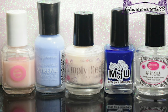 Essie Grow Stronger, Sally Hansen Xtreme Wear Babe Blue, Bliss Kiss Simply Peel Latex Barrier, Mundo De Unas Blue Navy, Glisten & Glow HK Girl Fast Drying Top Coat