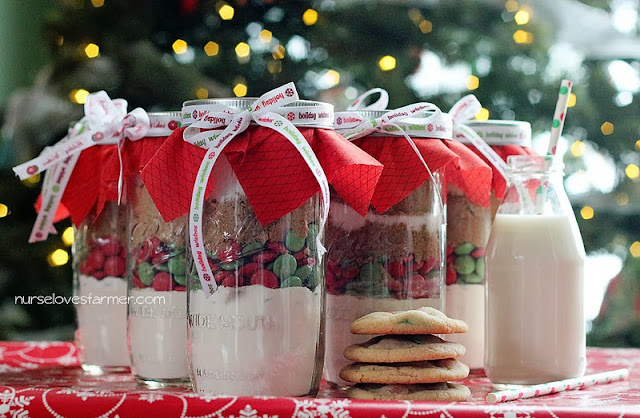 Christmas Cookie in a Jar