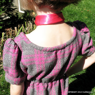 Craftiments:  Back view of bodice