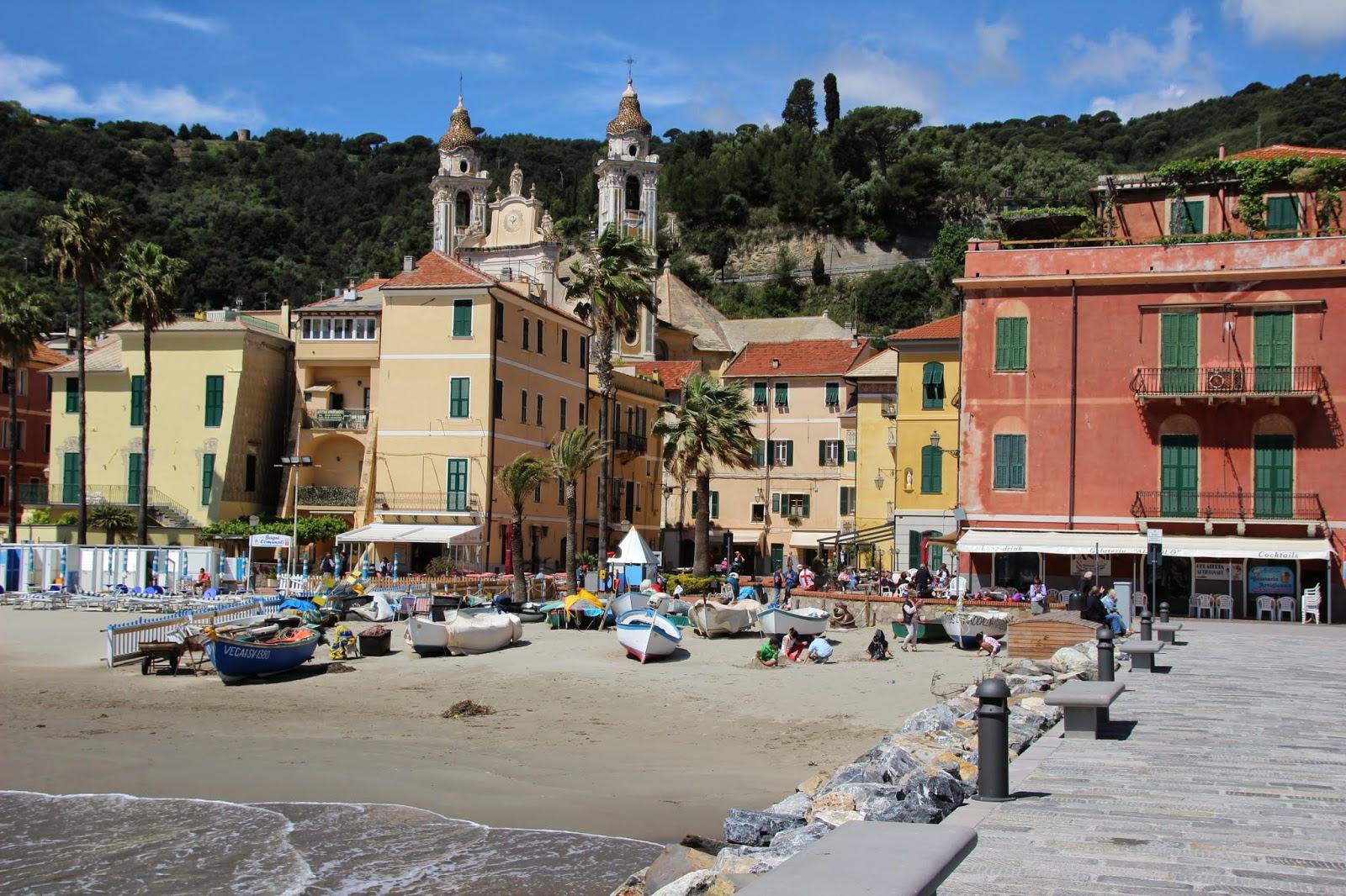 Particuliere vakantiehuizen bloemenrivièra & vakantiehuis bloemenrivièra particulier (Bekijk het grootste aanbod particulieren vakantiehuizen op: www.italiaansebloemenriviera.nl)