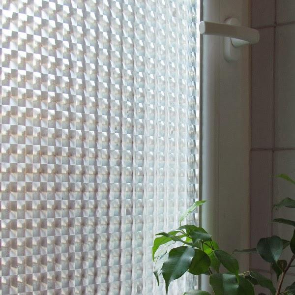 Arredo in vetri finestra bagno pellicola privacy o vetri - Adesivi natalizi per finestre ...