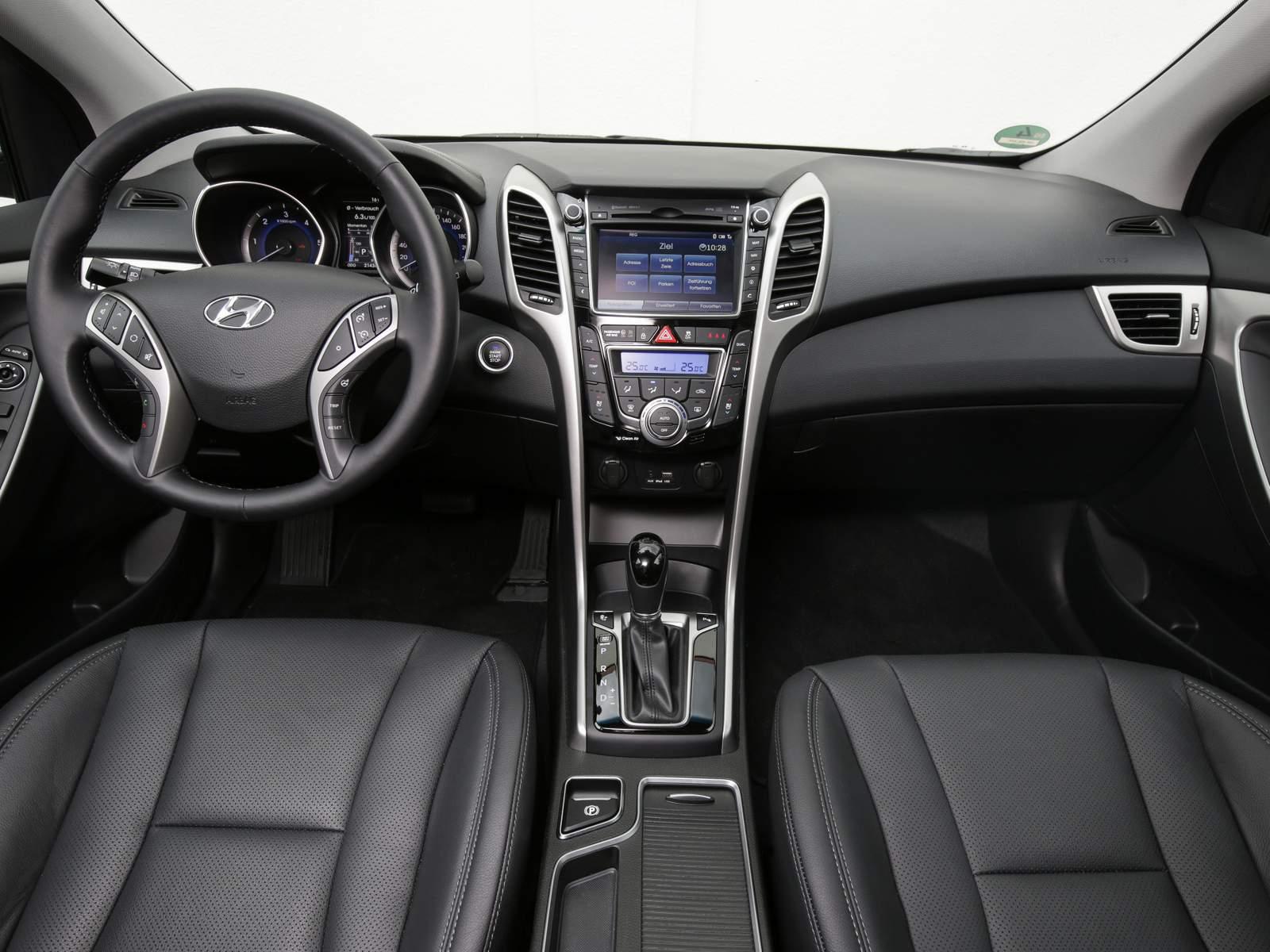 Hyundai i30 2016 reestilizado chega ao brasil no 2 for Interior hyundai i30
