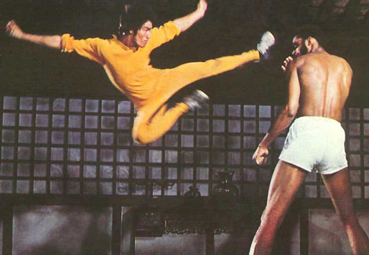 [Image: bruce-lee-kareem-flying-kick-dragon.jpg]
