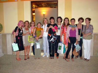 http://hoylibro.blogspot.com.es/2008_06_01_archive.html