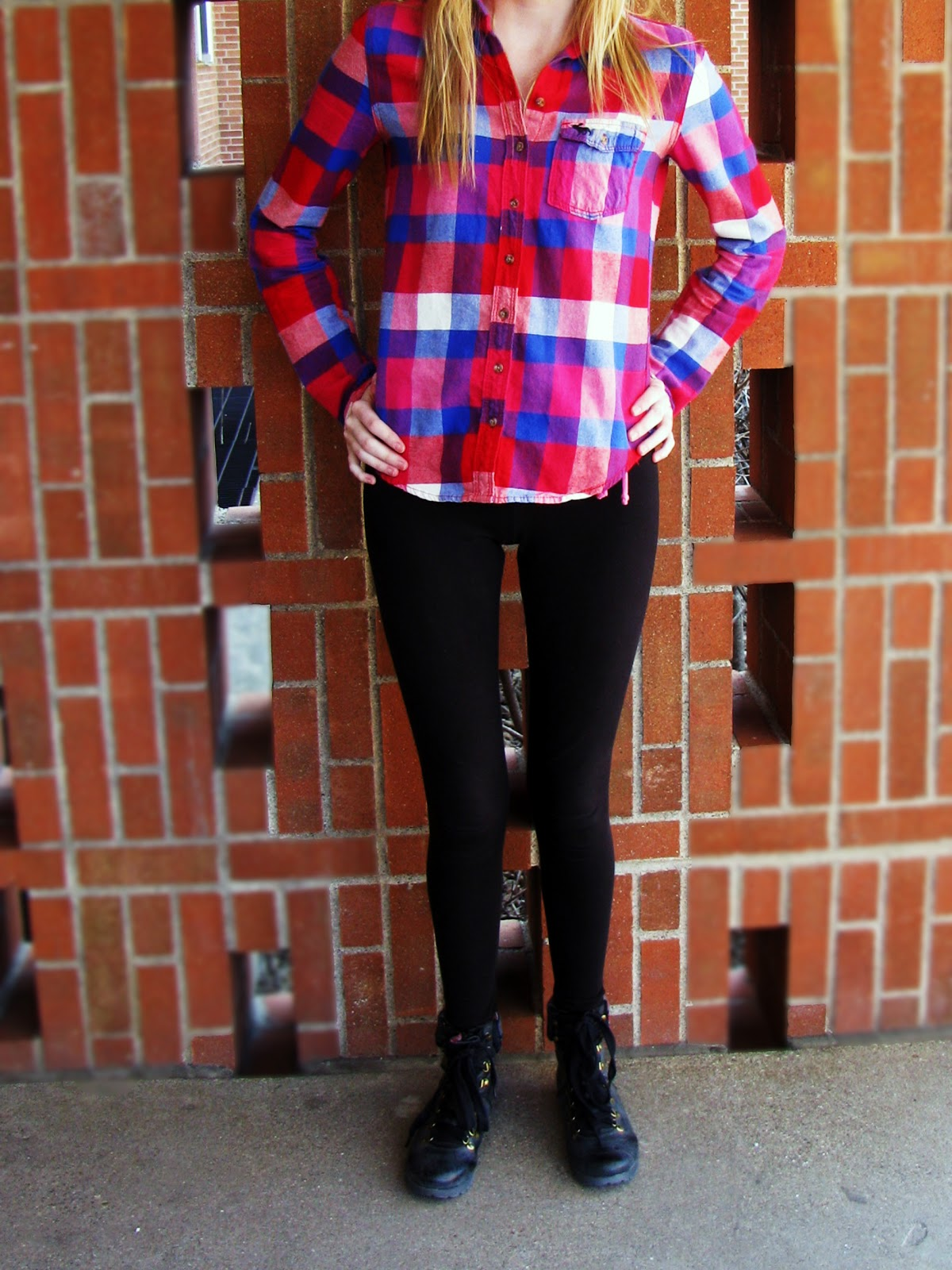 Look - Wear you Trendswould colored tights video
