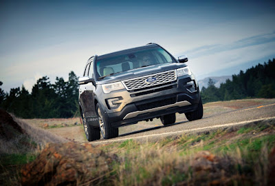 Explore More with the 2016 Ford Explorer Platinum