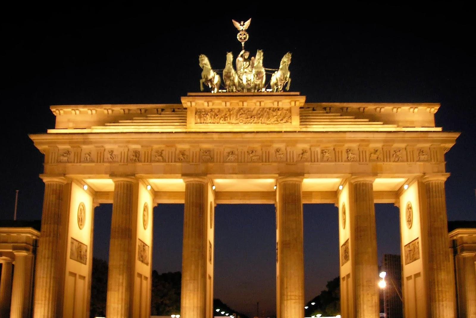 Valter berlino e la porta di brandeburgo - Berlino porta di brandeburgo ...