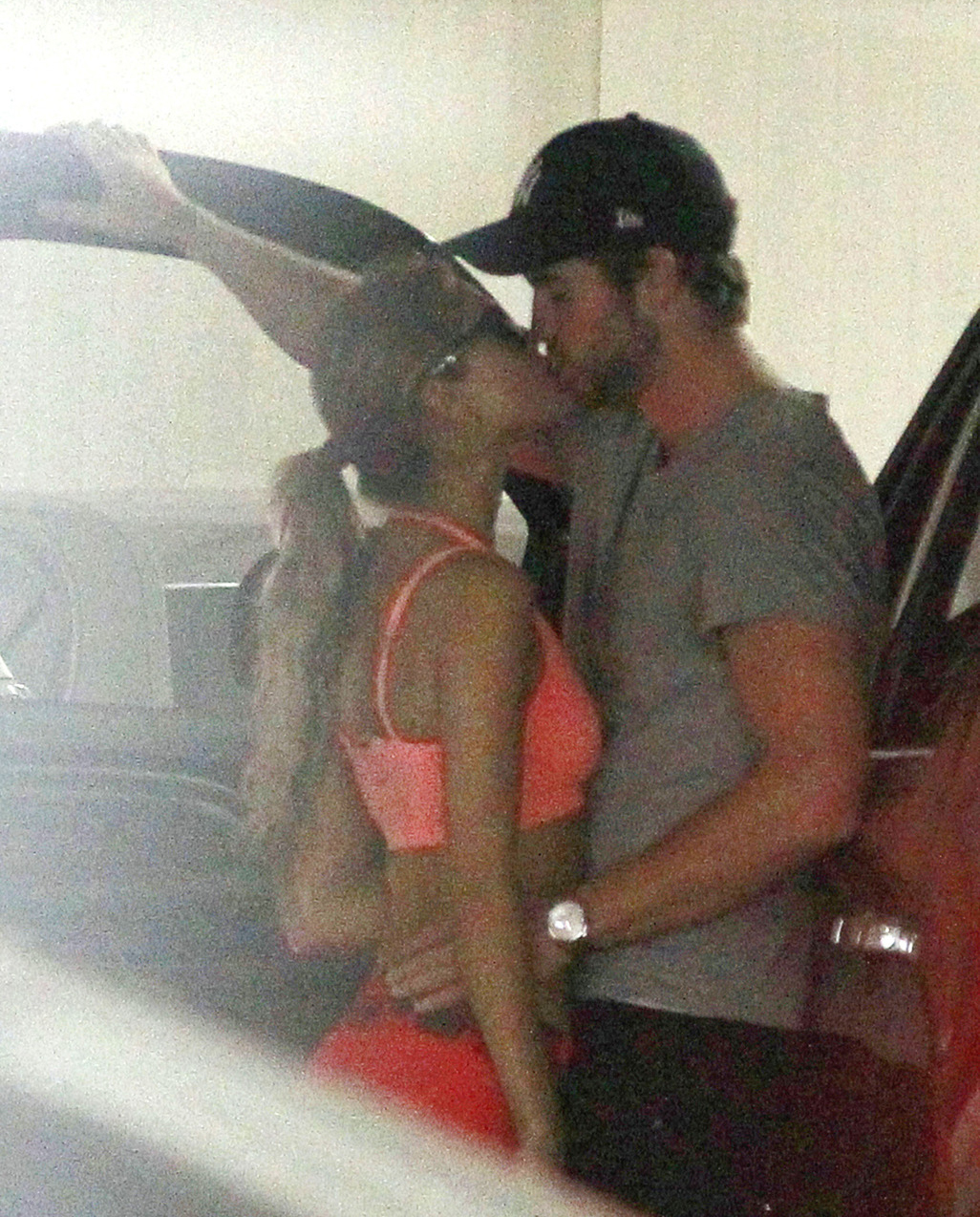 Liam Hemsworth And Eiza Gonzalez Look Spry: Sexy...