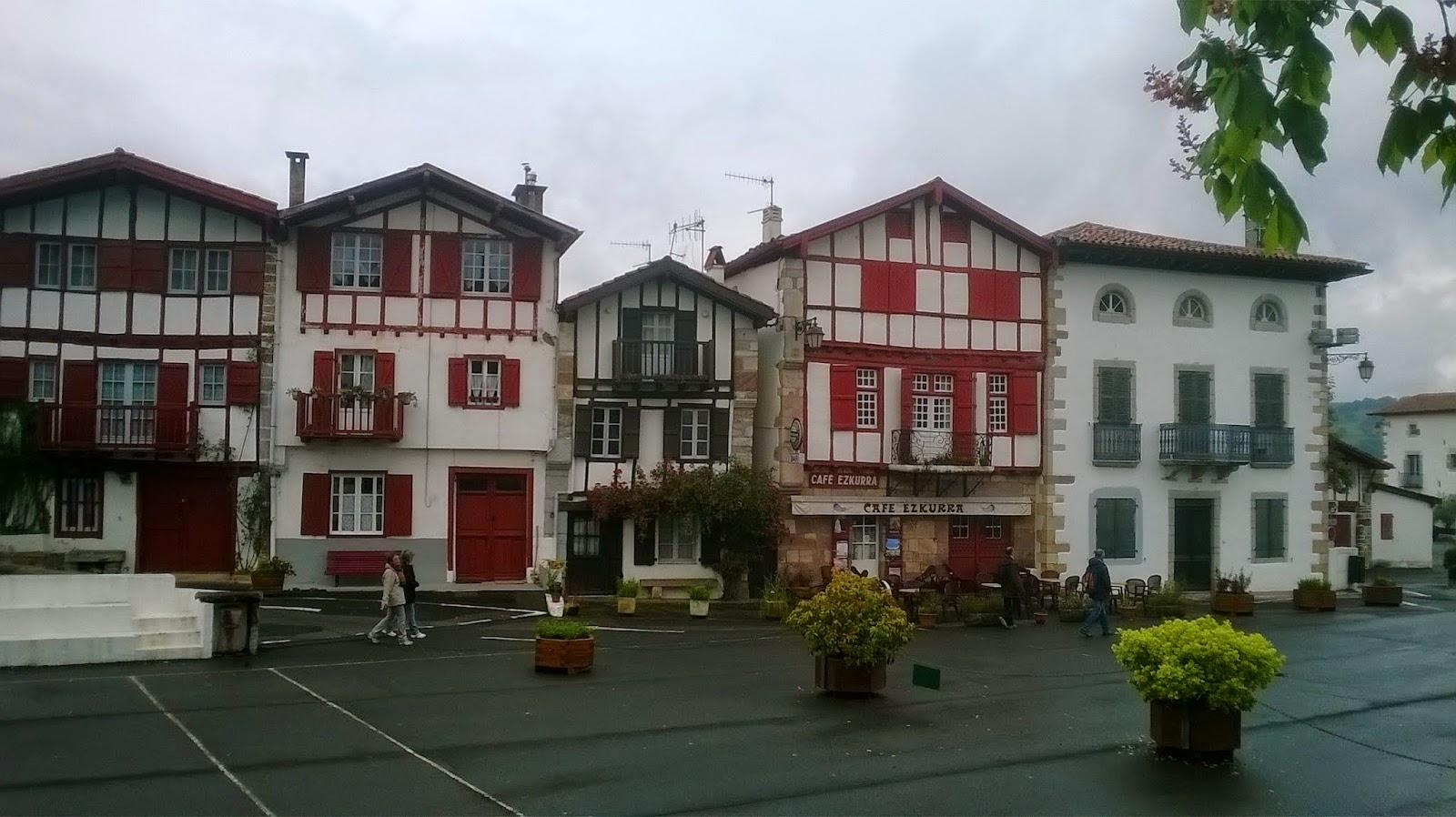Guia acompa ante turistico pais vasco frances ainhoa y el calvario - Casas rurales pais vasco frances ...