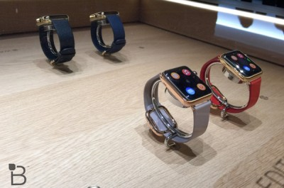 Apple Garap Charger Magnetik dan Case Khusus Untuk Apple Watch