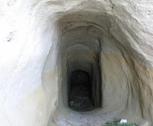 La cova de Vespella. 1989