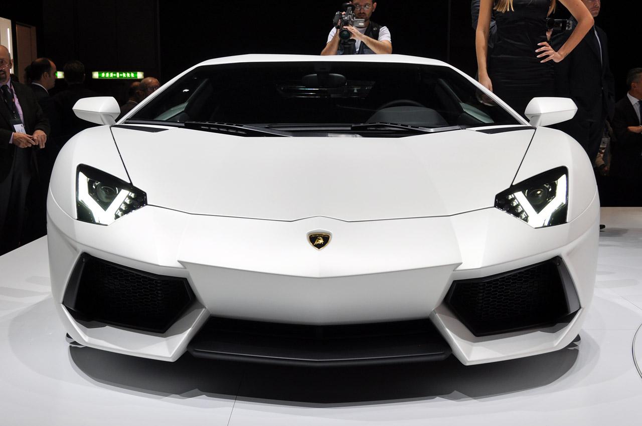 Luxury Lamborghini Cars Lamborghini Aventador White