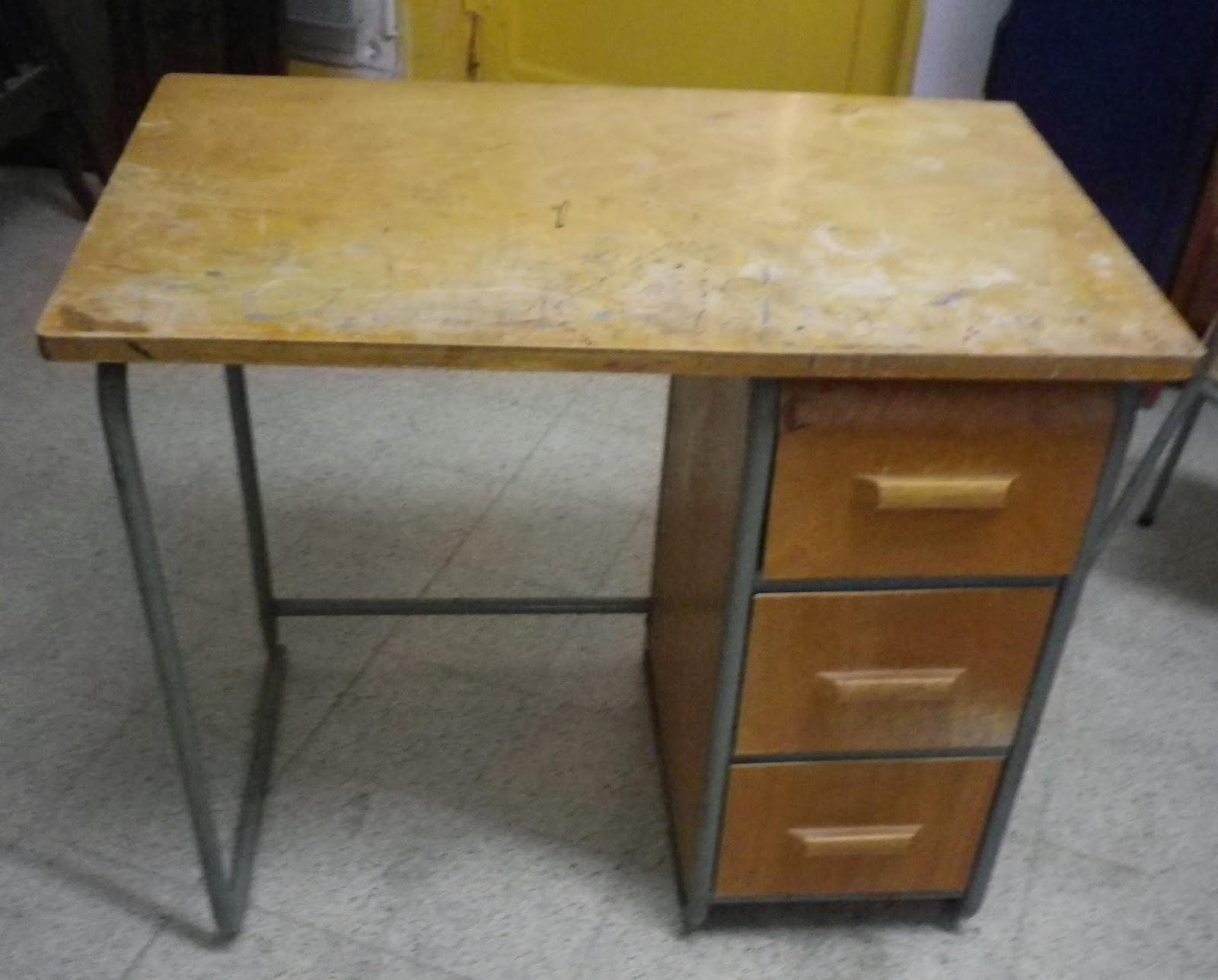 Pat 39 in une nouvelle vie pour vos meubles et objets - Bureau et chaise enfant ...
