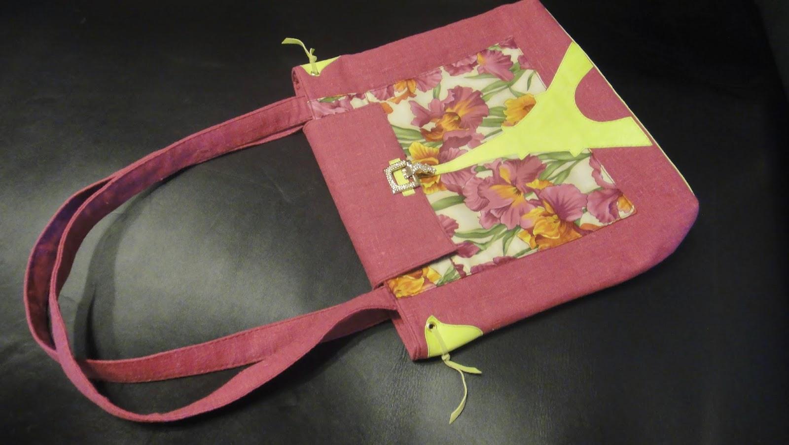 """Женская сумка на лето """"Ирисы. Эйфелева башня"""": можно носить на плече и на локте"""