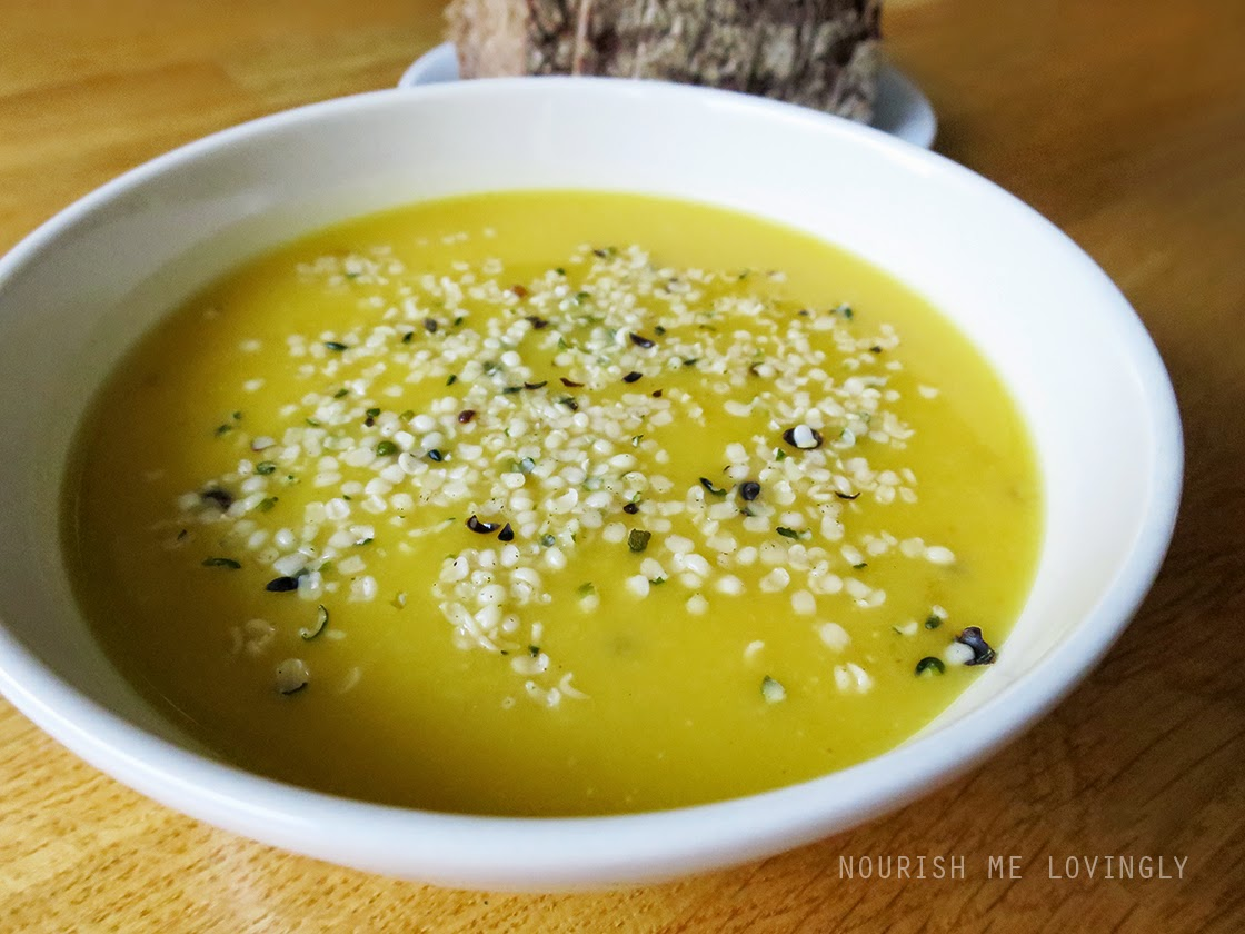 red_lentil_soup_with_hemp_seeds