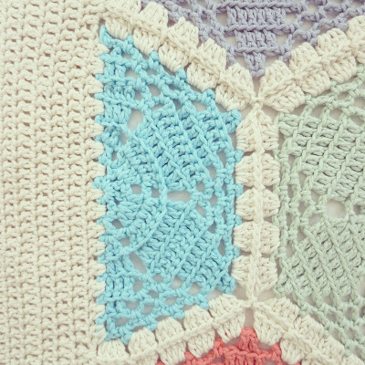 ByHaafner, crochet, hexagon throw, blanket, pastel, crochet border, half hexagon