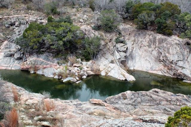 http://2.bp.blogspot.com/-OI9rNkfW6XI/VKRwvcKQLLI/AAAAAAAAYAk/qBXnIuYHS7Y/s1600/creek.jpg