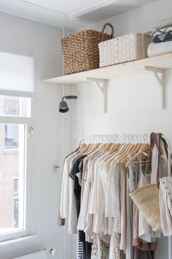 Wedeco siente el verano vestidor natural y delicado - Armarios para habitaciones pequenas ...