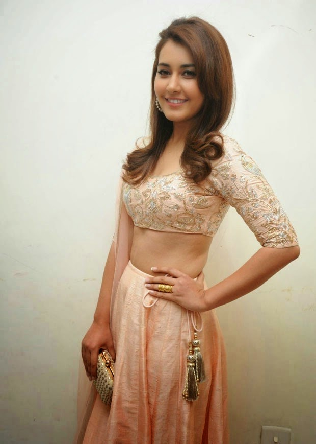 Heroine Rashi Khanna photos at Jill Movie Audio Launch