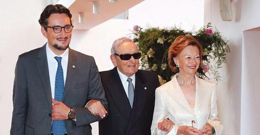 "<img src=""http://2.bp.blogspot.com/-OIe-XuEX4aY/U-DfFCxu_GI/AAAAAAAAAdY/oqnlloZ2gZY/s1600/ferrero-owners_505_031014032816.jpg"" alt=""Richest Families in the World"" />"