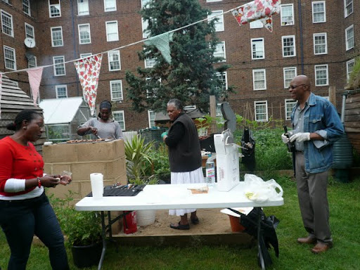 Cowley food farm barbecue on Cowley estate, SW9 on  Vassallview.com