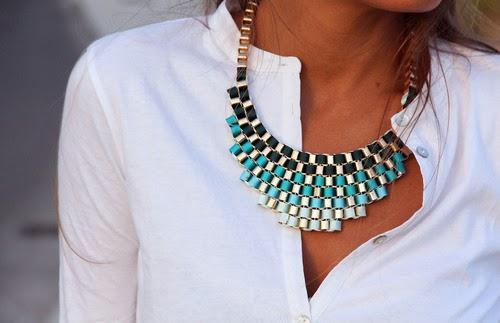 Aksesoris Unik Warna Turquoise