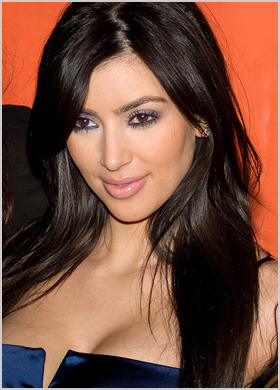 Biography  Kardashian on Kim Kardashian Biography   Www Ensdart Comoj Com
