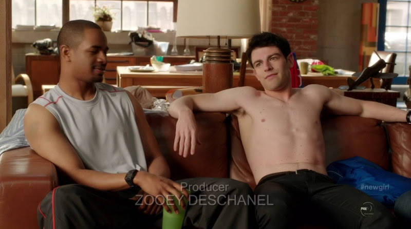 Max Greenfield Shirtless in New Girl s1e01
