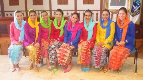 Foto Model Baju Kebaya Betawi