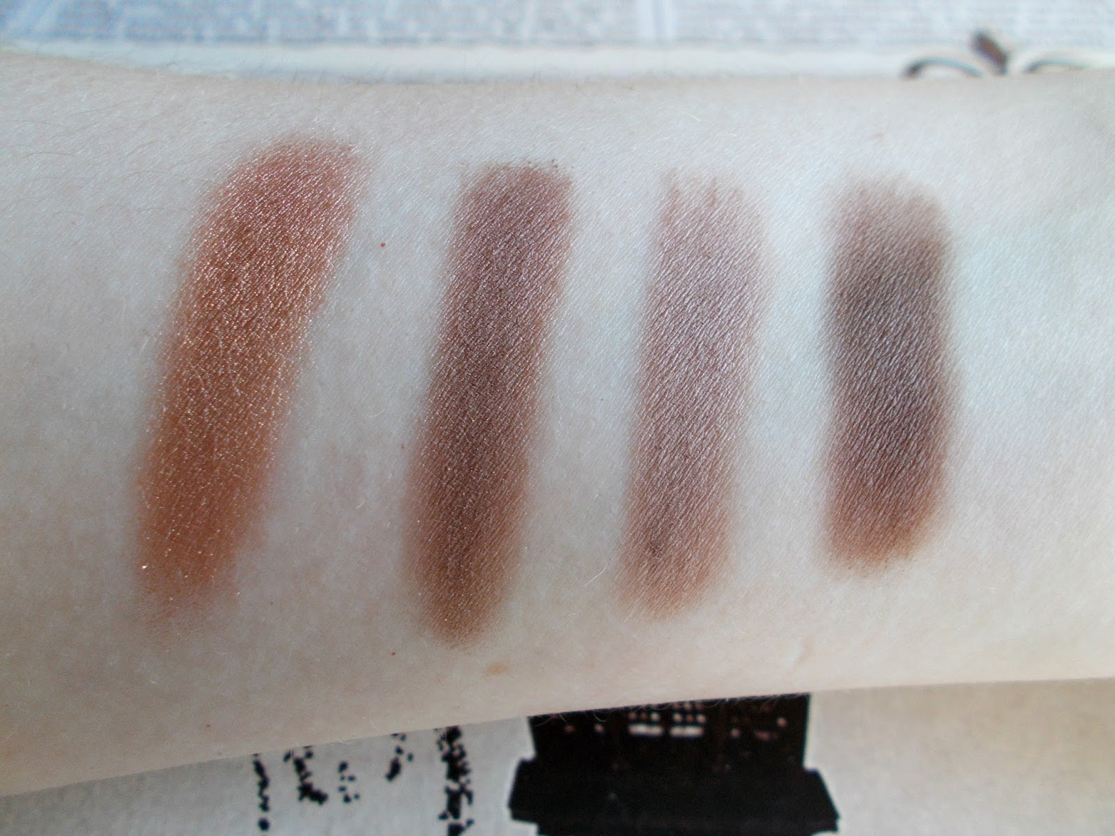makeup geek eyeshadow swatches homecoming taupe notch barcelona beach mocha pans browns neurtrals