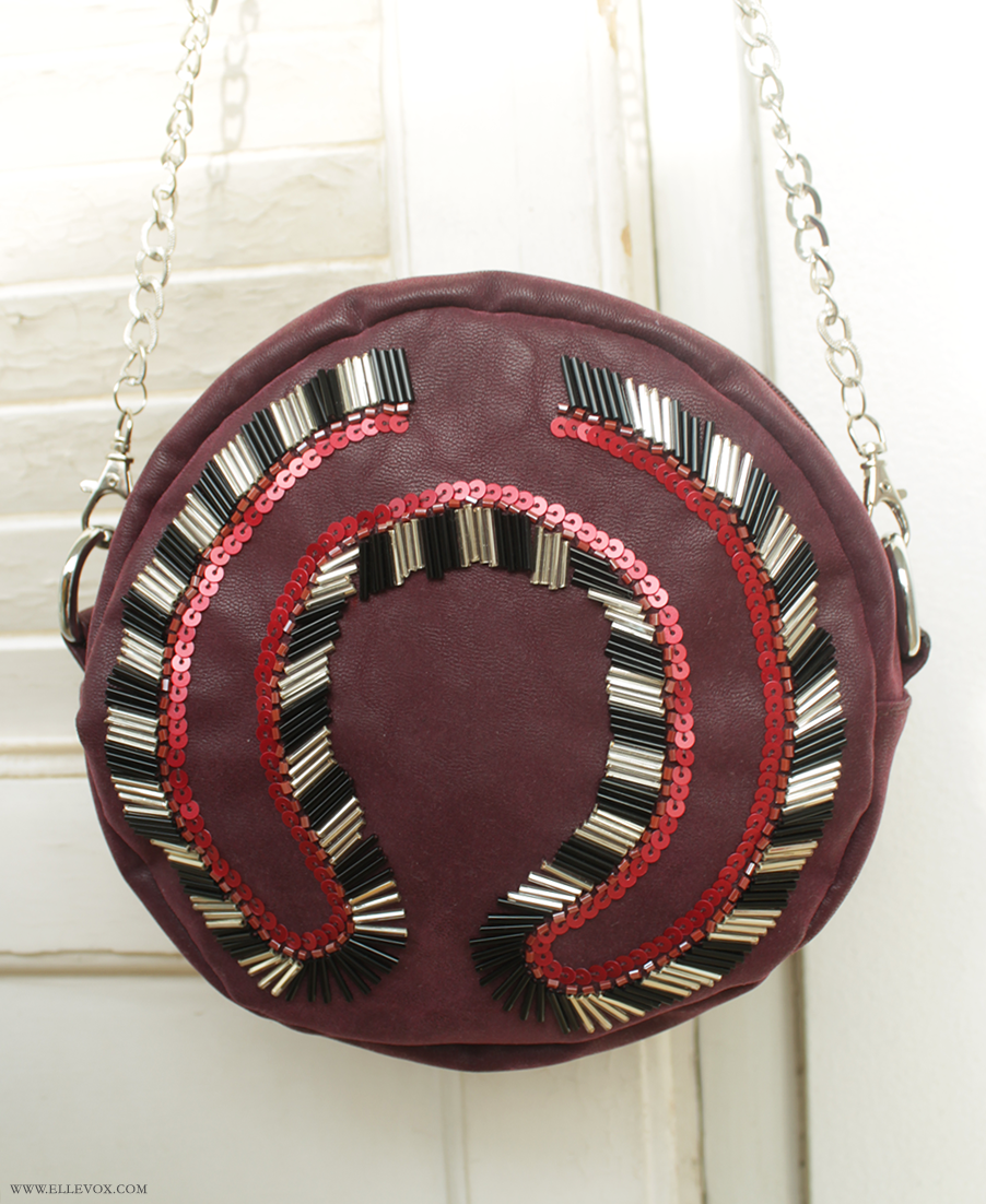 round beaded clutch