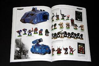 Páginas interiores del Catálogo 2005