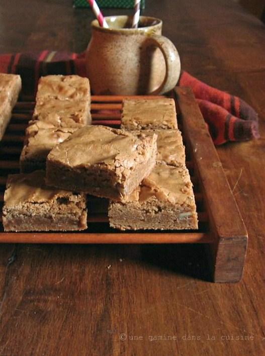 Brown Sugar-Rum Blondies |une gamine dans la cuisine