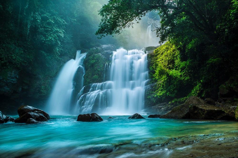 Banco de im genes 33 fotograf as de cascadas con hermosos for Motor para cascada de agua