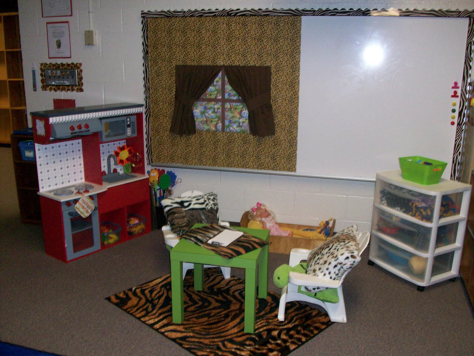 Zebra Classroom Ideas ~ It s a jungle out there kindergarten theme