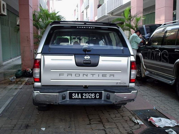 Brand Carryboy ( Made in Thailand ) & JRJ 4x4 ACCESSORIES SDN.BHD.: NISSAN FRONTIER CANOPY
