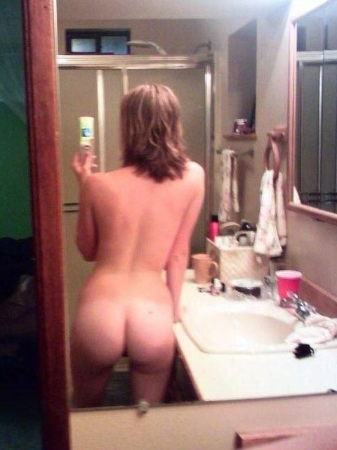 school girl nude horn