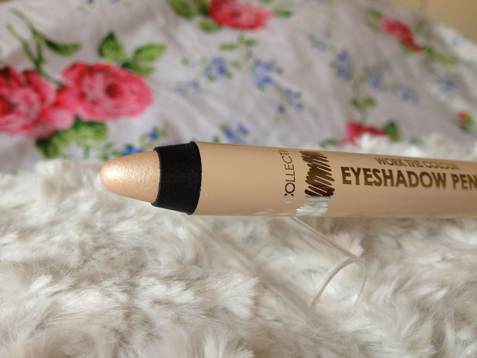 UK lifestyle blogger UK beauty blogger review swatch collection work the colour eyeshadow pencil vanilla sky