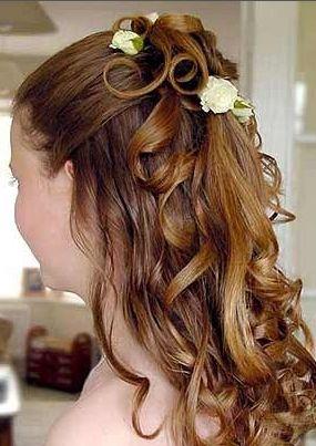 Peinados semi recogidos con flores estilo imagen y m s for Medio recogido con trenzas