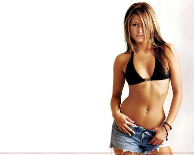 Holly Valance Desktop HD Wallpaper