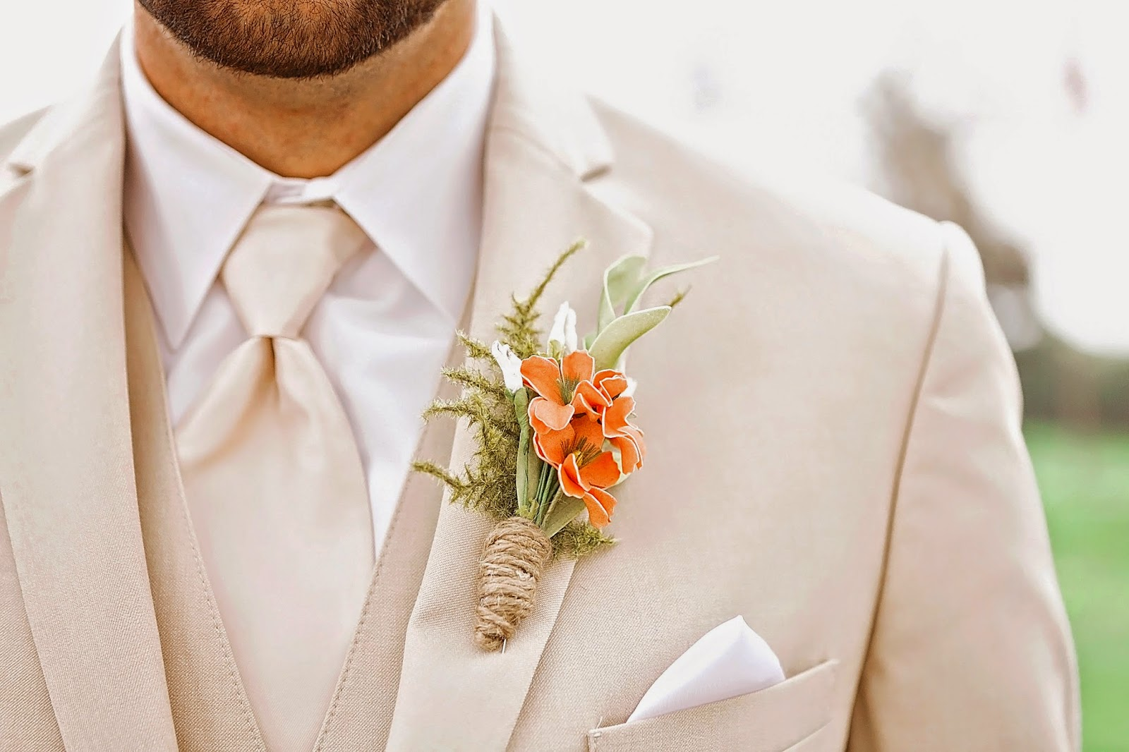 diy boutonnieres, coral boutonnieres, make your own boutonnieres, rustic boutonnieres, diy rustic boutonnieres