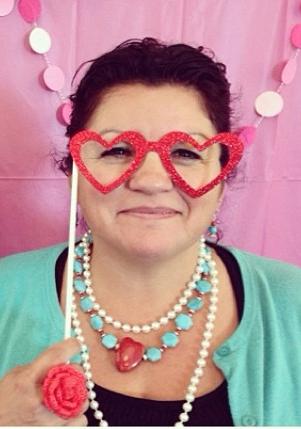 Linda Alfonso Ibarra-Arroyo ChulaLita guest crafter at MakeYourWink Wink Artisans