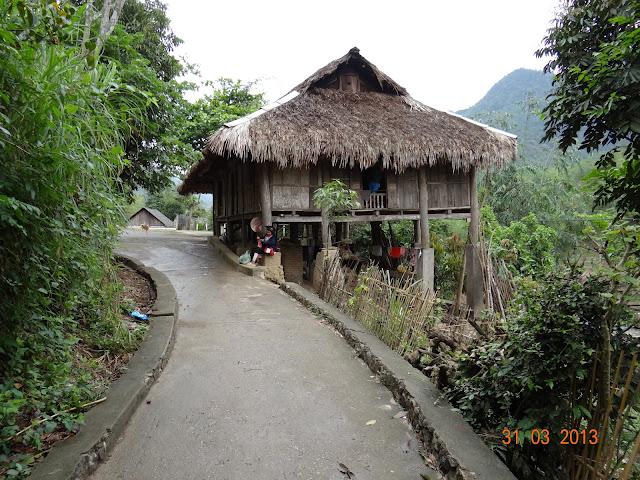 Hoa Binh - Giang Mo Village - Photo Nguyen Thong