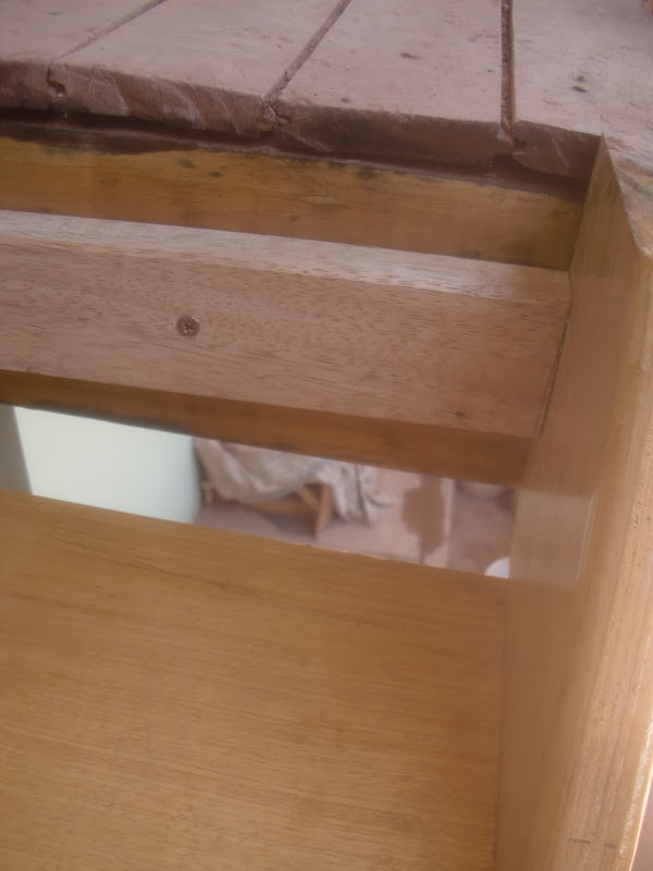 Decoraciones manualidades en madera como hacer una for Como hacer una escalera de madera para segundo piso