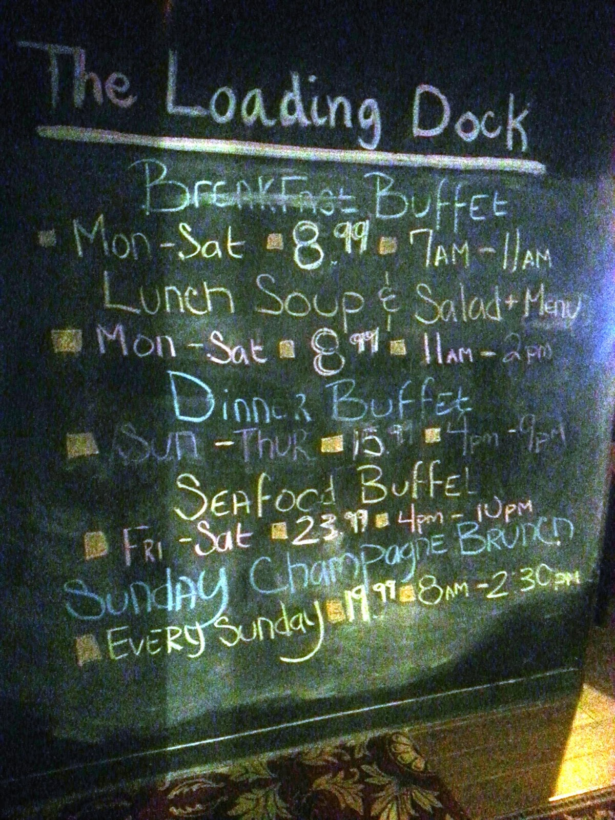Laughlin buzz colorado belle 39 s loading dock bar grille for Docks fish menu